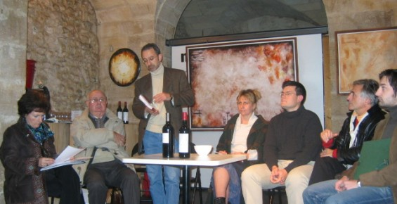Collectif, Le Vin dans ses Œuvres. Dégustation littéraire, La Machine à Lire, 30/11/2004.