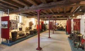 Musée de la vigne et du vin d'Anjou. La salle des travaux du vin.