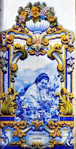 """""""Vendimadeira"""", azulejo gare de Pinhao, vallée du Douro."""